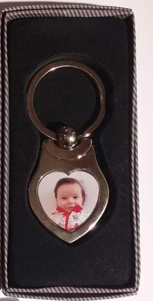 Kulcstartó, fém, szív alakú